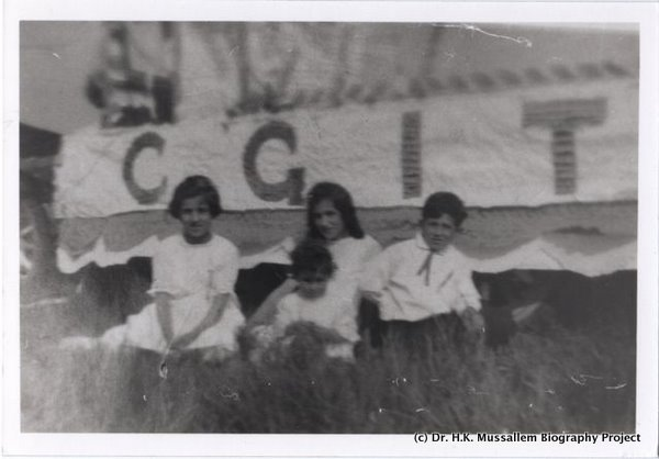 Canadian Girls in Training CGIT float in a Maple Ridge Parade.